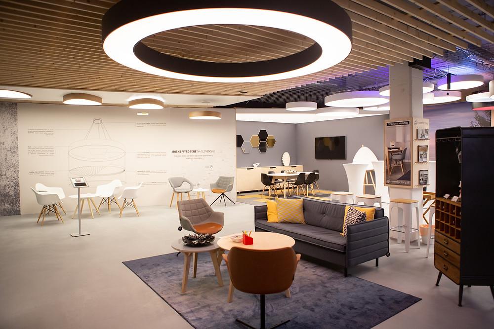 dizajnový LED luster na mieru svetelné stropy