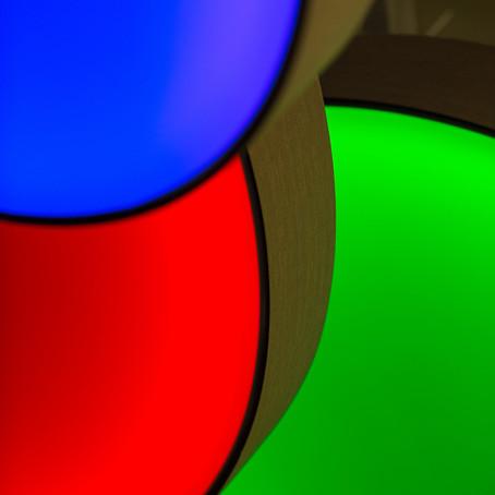 Svetlo a Psychológia farieb: Zmena farebnosti interiéru pomocou farieb RGB