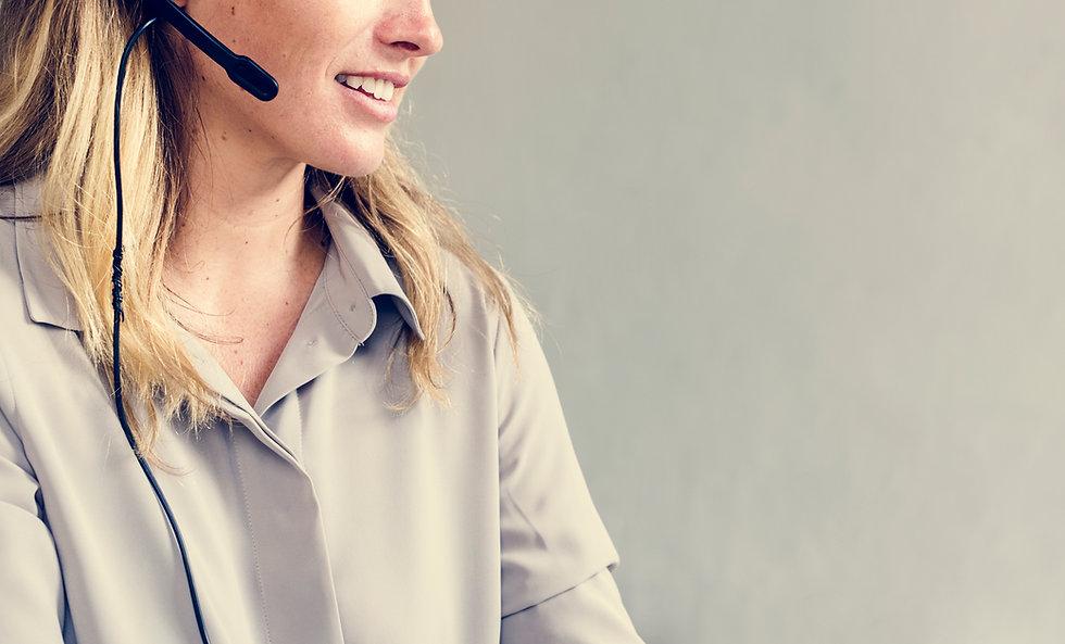 help-desk-service-PRQ92DJ.jpg