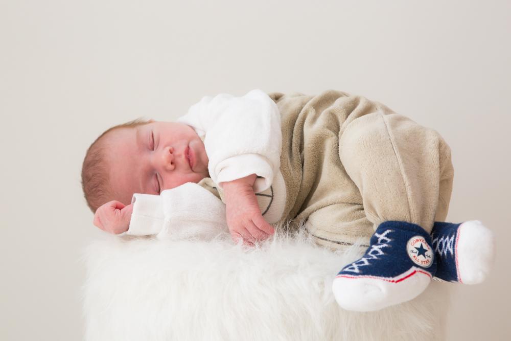 Valphotovar photographe bébé Var 83