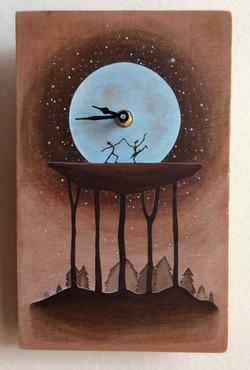 'Dancing Under the Blue Moon' Clock
