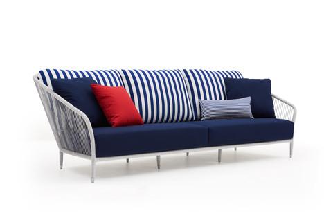 LL Wing maxi sofa