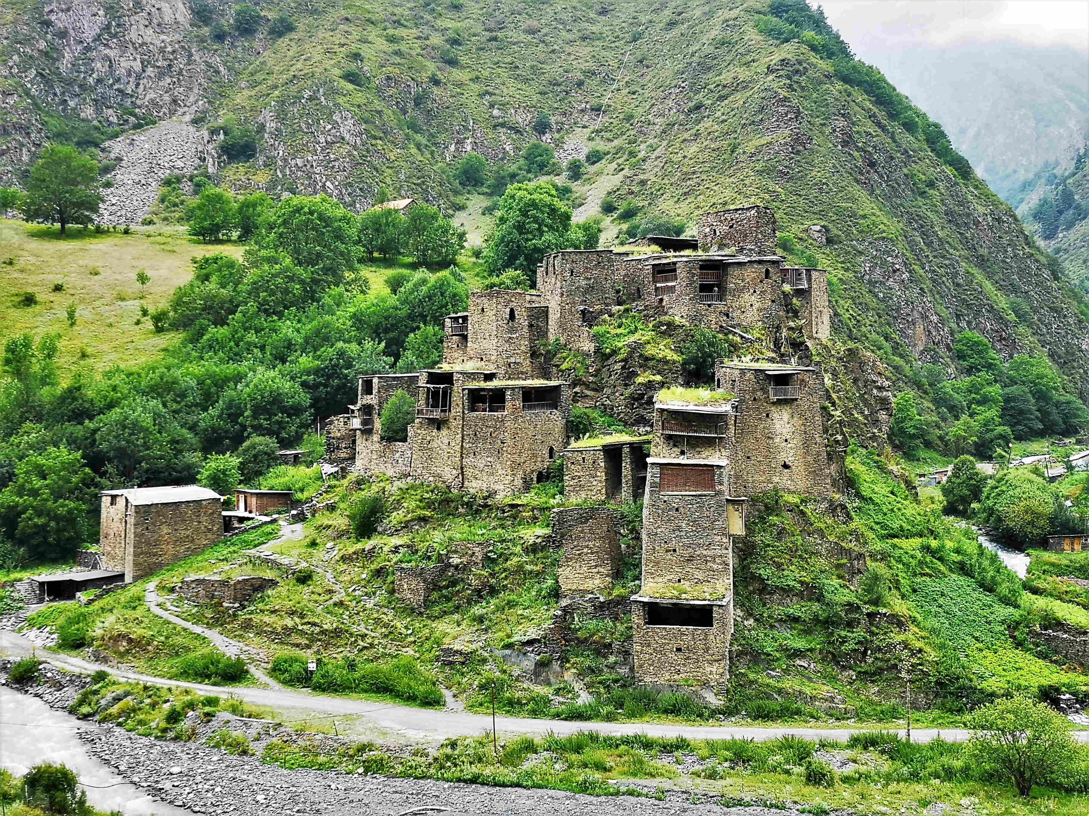 Легендарная крепость Шатили в Верхней Хевсурети