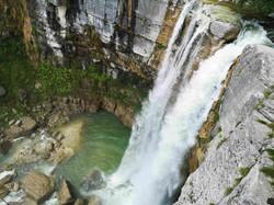 Маленький водопад Кичха, 25 метров