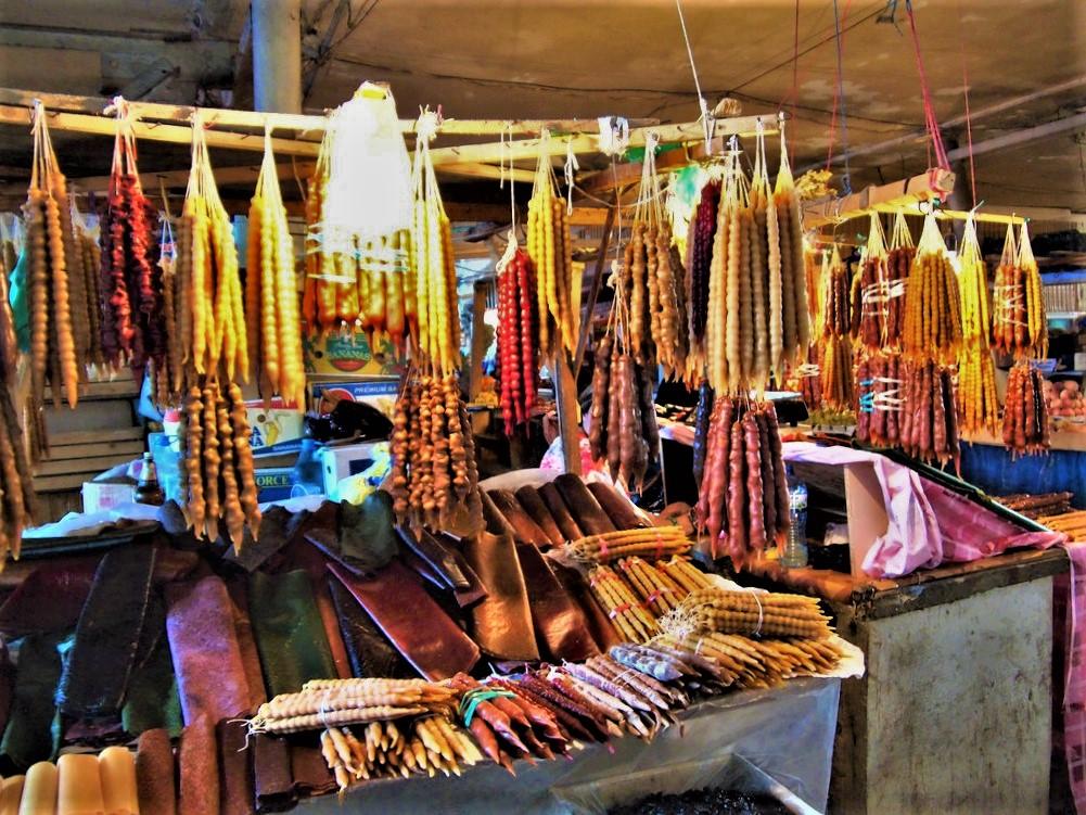 Чурчхела на Зелёном рынке в Кутаиси