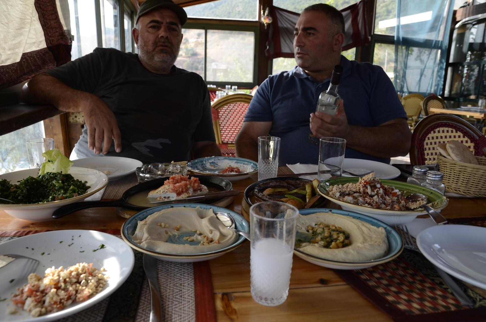 Wael Wakeem-Arak Wakeem et Nasr Krech.JP