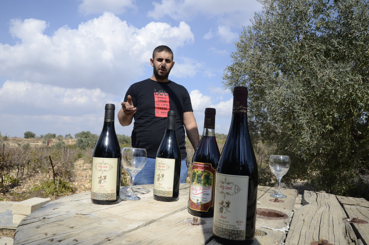 Tamer Moin Bsharieh Holy Land Wine.JPG