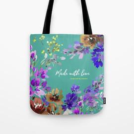 turquoise-light1855189-bags.jpg