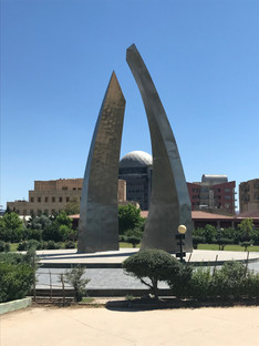 A freedom memorial in Azady Park, Slemani