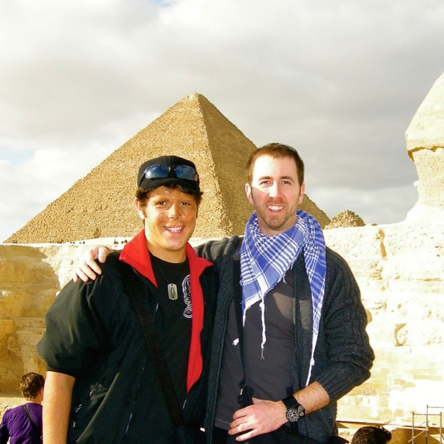 Travel friends at the Sphinx