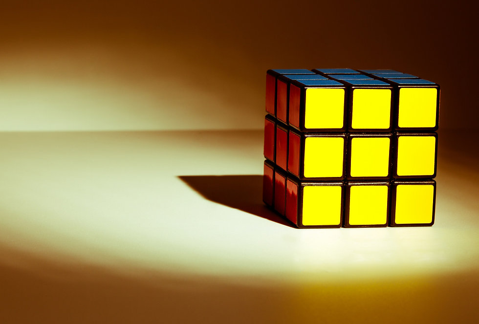 fondo cartel-cubo-rubik.jpg