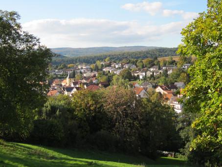 Wiesenbach, Dorf zwischen zwei Atomkraftwerken