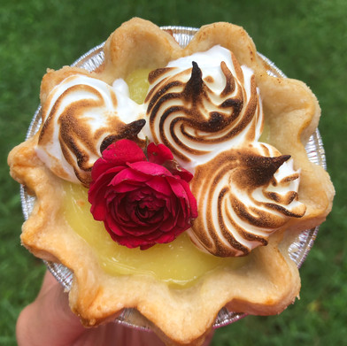 even pies love flowers