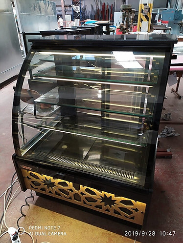 Pastry case 3 ft curve glass new