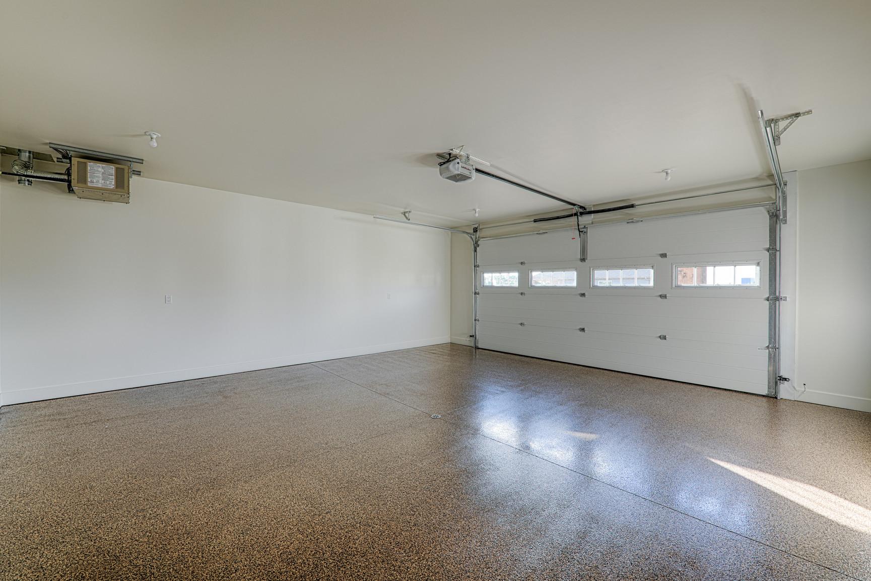 IW03 garage.jpg