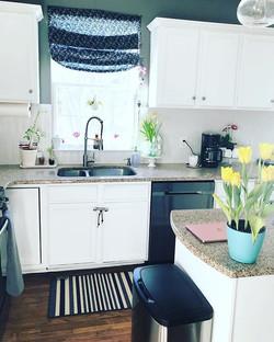 Kitchen _ #kitchendesign #kitchen #laure