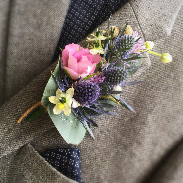 Country Style Men's buttonhole.