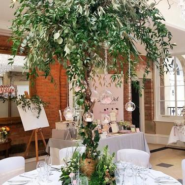 Stunning Natural Greenery Wedding Tree.