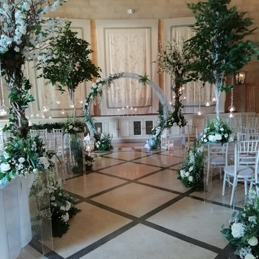 Beautiful Wedding Aisle Flowers