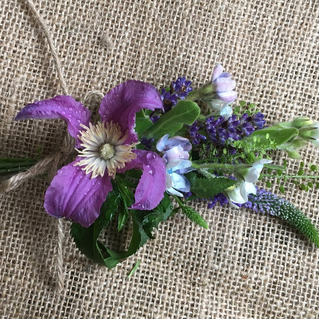 Country Style Buttonhole or Corsage