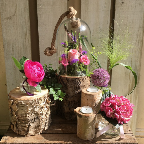 Country Style Wedding Table Arrangement