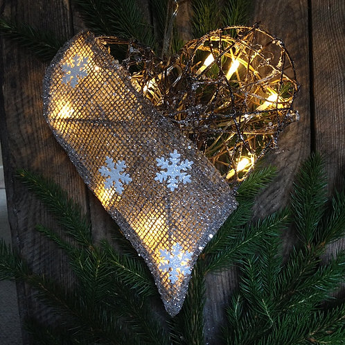 XC GLAMOUR HEART WITH LIGHTS