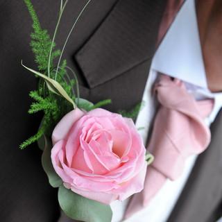 Men's Rose Buttonhole.