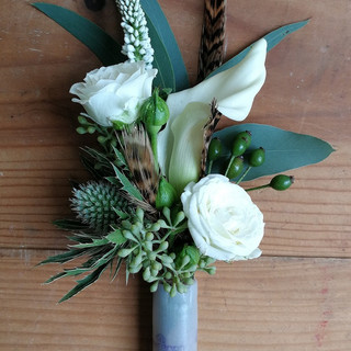 Country Style Wedding Buttonholes by Flo