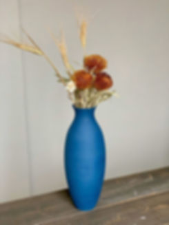 blueflowervase.jpg