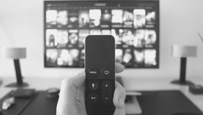 ¿ESTÁS VIENDO TELEVISIÓN, O LA TELEVISIÓN TE VE A TI?