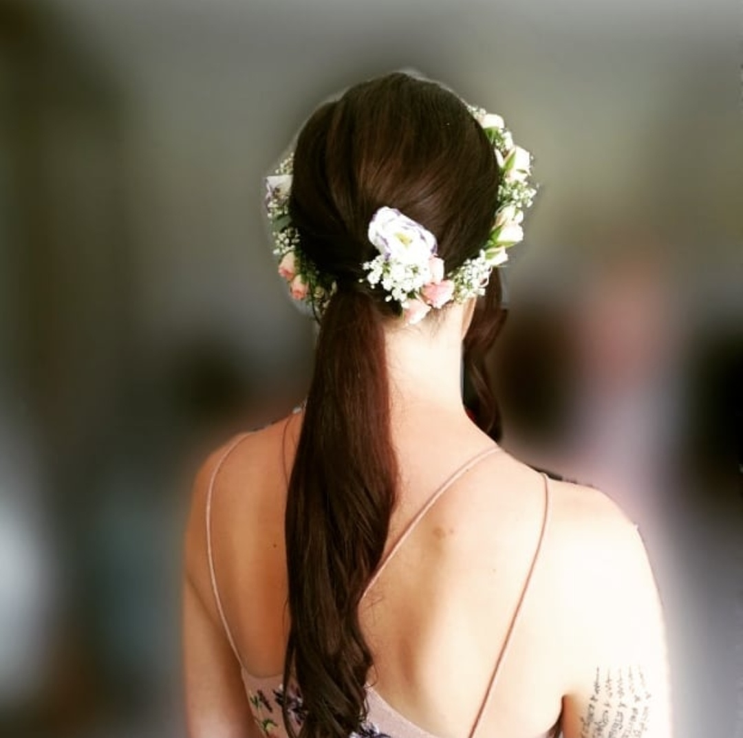 Bridesmaids hair. Floral halo.