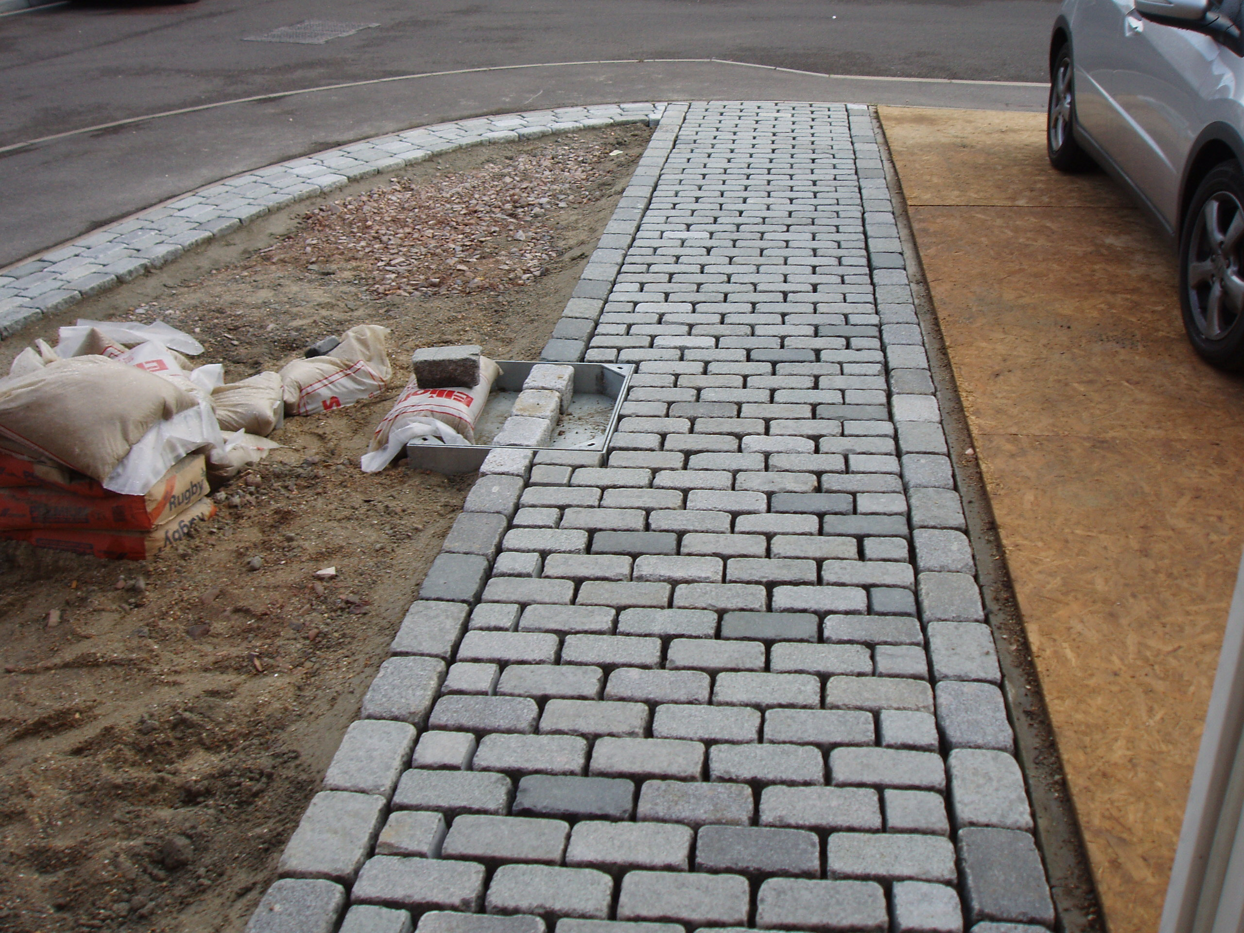 Cobble set path