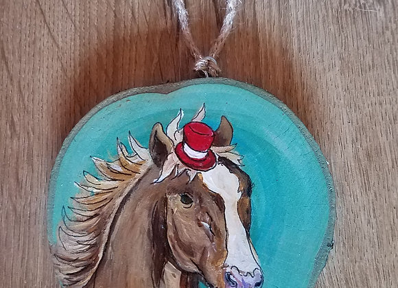 Horse with top hat ornament