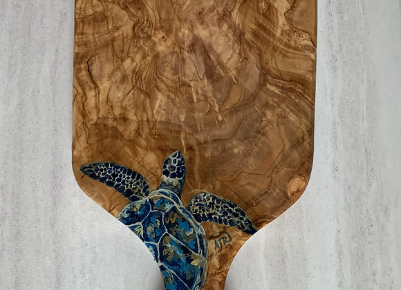 Sea turtle Olive wood cutting/charcuterie board