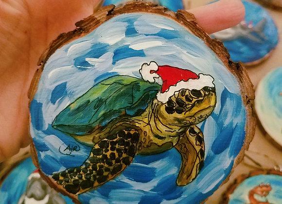 Sea turtle and Santa hat