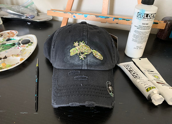 Mossy leaf tailed gecko hand painted ponytail cap