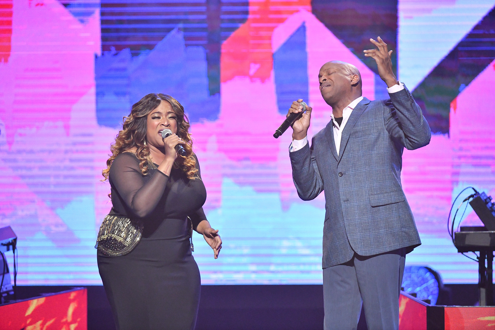 Kierra Sheard and Donnie McClurkin sing
