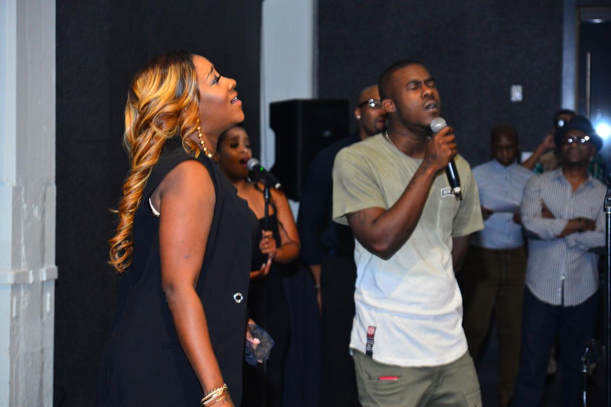 LeAndria and Michael Johnson sing