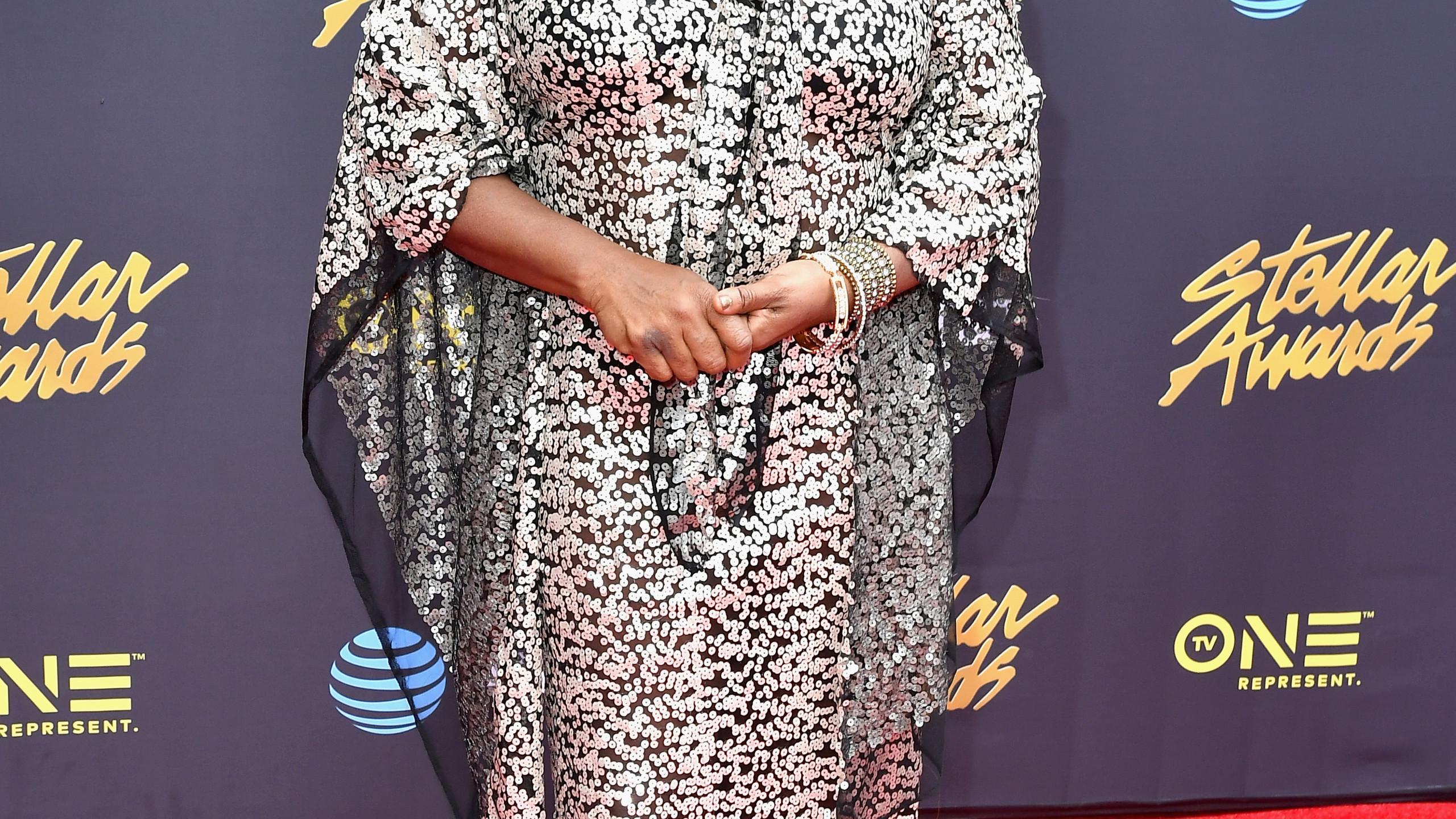 Loretta Devine-3by Earl Gibson