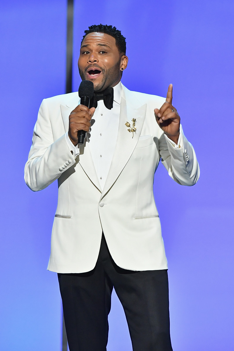 Anthony Anderson hosts