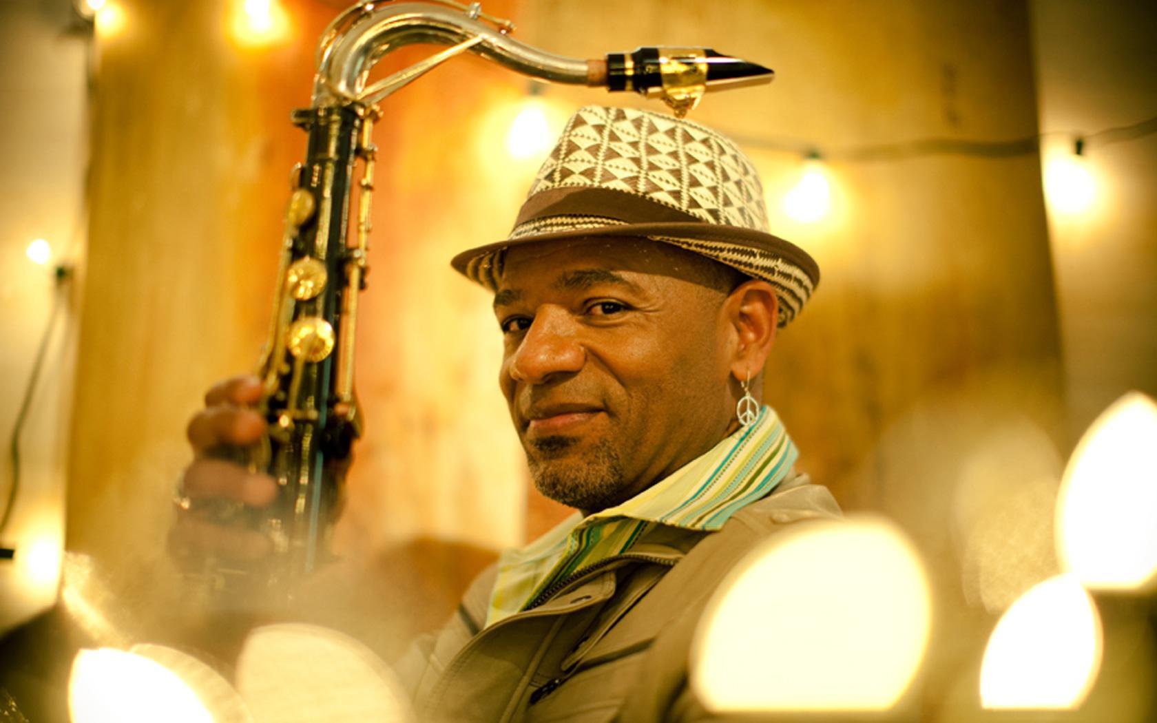 Kirk Whalum Brings Gospel According To Jazz Christmas