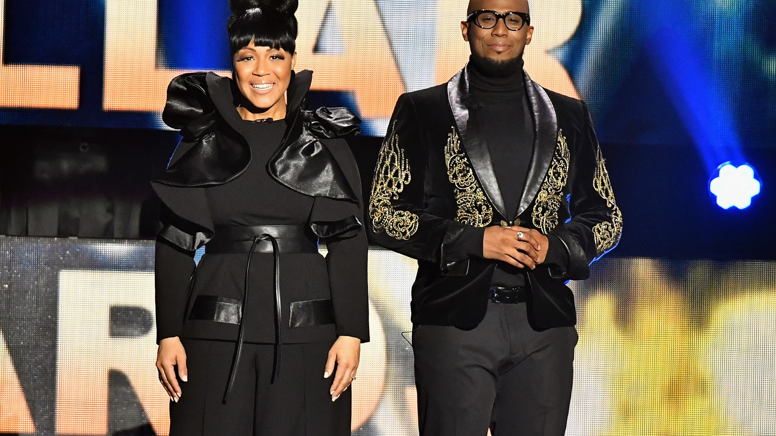 Erica Campbell and Anthony Brown host-4