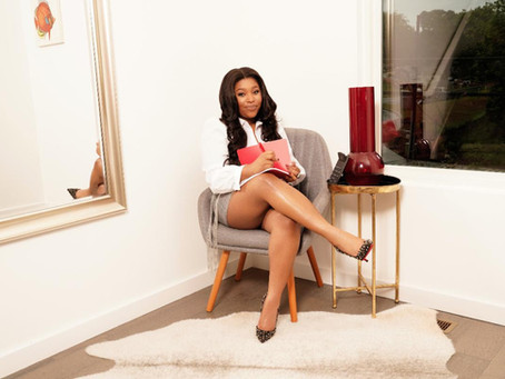 FEMALE ENTREPRENEUR & OWNER OF TAX BOX PRO UNNISHA PAIGE IS TEACHING GIRL BOSSES HOW TO MAKE$1 MIL