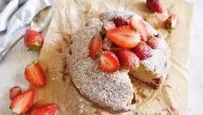 Torta alle fragole e yogurt morbidissima, la ricetta della nonna