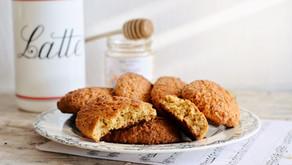 Biscottoni integrali al miele per la colazione