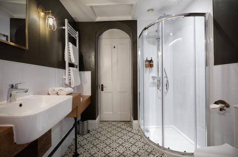 The Exmoor Suite bathroom also has a shower