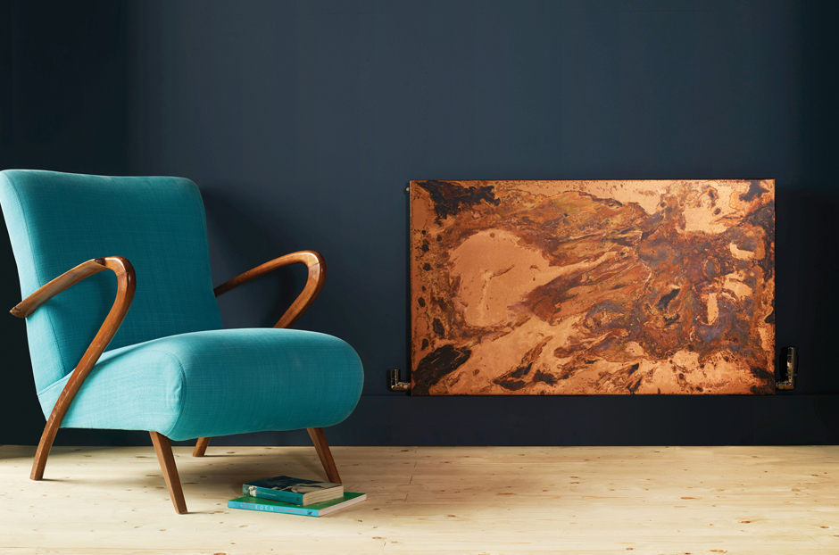 01-arteplano-radiator-in-etched-copper-in-living-room