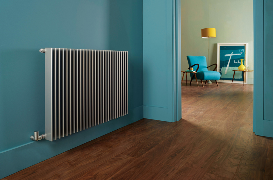 02-finn-radiator-in-aluminium-finish-in-hallway