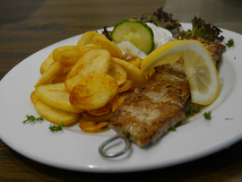 Bifteki Taverna Elia Schwaig.JPG