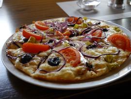 Griech. Pizza Taverna Elia.JPG